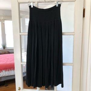 Vintage maxi skirt. 50 wool/ 50 polyester. M